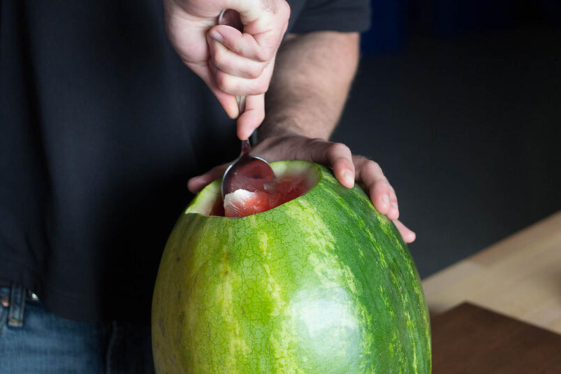 Coring-Out-The-Watermelon-Flesh