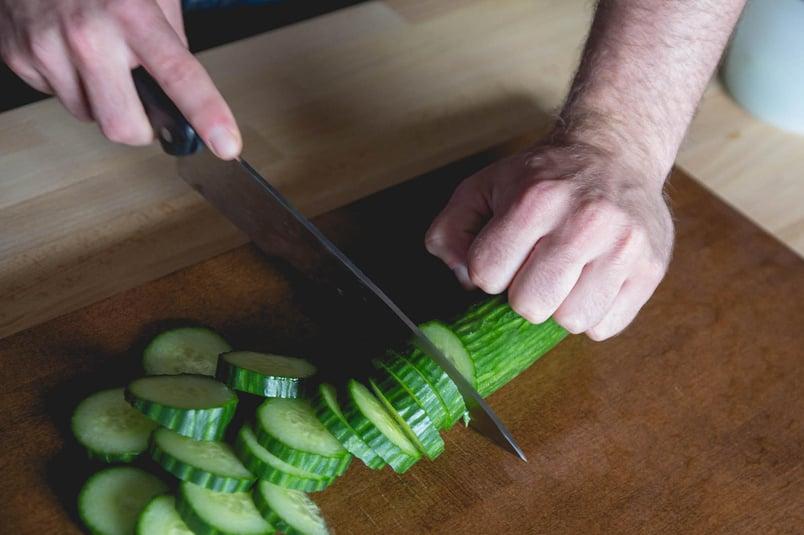 Cutting-the-cucumber