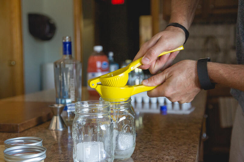 Juicing-the-Lemon
