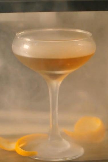 Smoked-Manhattan-Drink