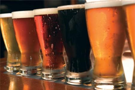 beer tasting image courtesy of VisitLexingtonNC.com
