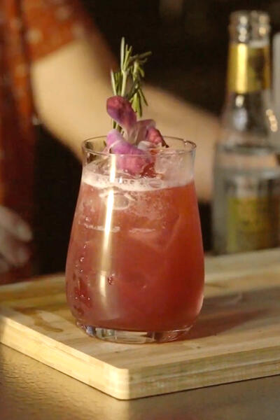 Lyres-Londonberry-Drink