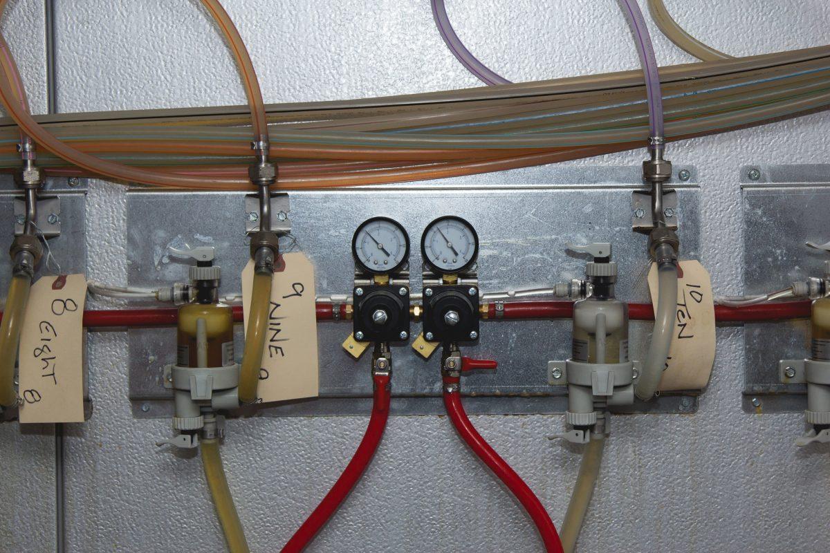 regulator-1200x800